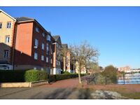 *LOVELY TOP FLOOR APARTMENT AVAILABLE, STUNNING VIEWS & GREAT LOCATION*NO FEES*CALL 07799004458