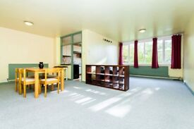1 bedroom flat in Altior Court, Shepherds Hill, Highgate, N6