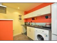 **MASSIVE 1 BEDROOM FLAT TO RENT IN E14 6JL ** AVAILABLE 08-06-2016 ** PART DSS WELCOME £340 P/W