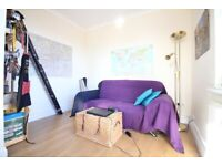 REDECORATED HUGE DUPLEX FLAT WITH PARKING & ROOF TERRACE- HOUNSLOW WHITTON TW4
