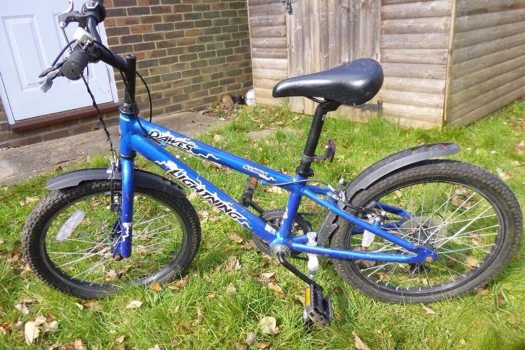 Boys Bike Dawes Lightning In Blue With 20 Inch Wheels In