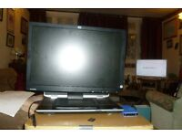 USED BUT IN GOOD CONDITION HP-1901W WIDESCREEN MONITOR