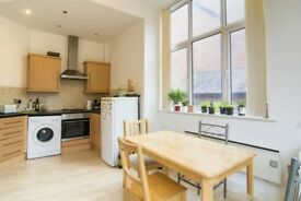 Flat 2 bedroom fully furnished for 2 University Student