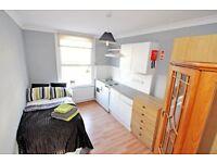 A newly refurbished room on Cheniston Gardens, Fabulous High Street Kensington W8