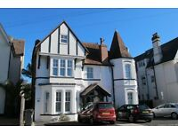 SHORT TERM - Four Bedroom Detached House in Alumhurst Road, Alum Chine
