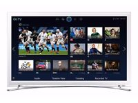 "Samsung 22"" Full HD 1080p Smart TV + Wall Bracket"