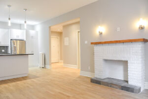 Westmount. Washer Dryer in unit. Spacious 4 1/2 MODERN Downtown