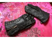Outer leather motor bike gloves