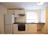 *One bedroom to let Central Brighton * P206