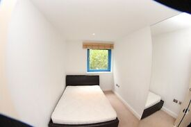 DOUBLE ROOM IN NEWLY BUILD APARTMENT #ROYAL DOCKS #CANNING TOWN