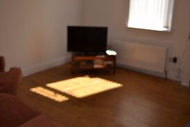 2 BED ** RENT ** JUNE 2017 ** DONEGALL ROAD