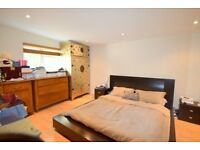 4 Bedroom newly decorated house with parking/terrace on St Johns Avenue, Putney, SW15