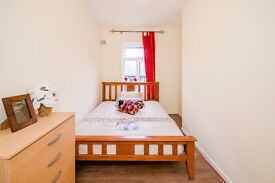 ***GRAB YOUR ROOM @ BETHNAL GREEN***