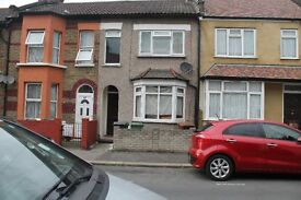 Available now 2 double bed room house furnished/ Unfurnished Black Horse Road Station E17 6AS