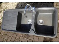 Double Sink. Left drainer. Tap included. Korona Volcano black. 117x51cm.