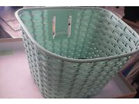 Small cute handlebar basket