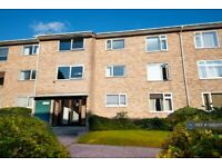 2 bedroom flat in Burghfield Road, Reading, RG30 (2 bed) (#1228057)