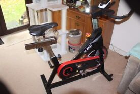 IC Exercise bike - Black 4 months old. 47 KG