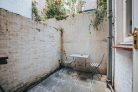 1 bedroom flat in Castletown Road, London W14