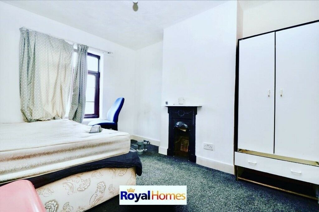 Super 3 Bed House To Rent In Holland Road Luton 1075 Pcm In Luton Bedfordshire Gumtree Download Free Architecture Designs Lukepmadebymaigaardcom