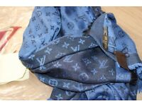 Luxury Louis Vuitton dark blue Scarf /Shawl - brand new
