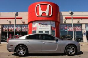 2014 Dodge Charger SXT- HEATED SEATS + BLUETOOTH & MORE!