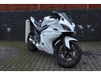 Yamaha YZF R125 *1 Years MOT* NOT WR MT125 CBF CBR HONDA
