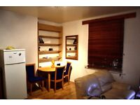 1 bedroom flat - 5 minutes walking Liverpool Street