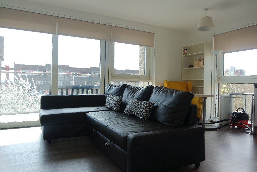 Fully Furnished to Very High Standard Stunning Two Bedroom Luxury Apartment LG02