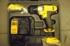 """dewalt 10.8v li-ion impact wrench 3/8"""" full kit"""