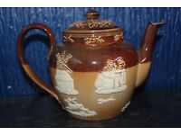 Royal Doulton Hunting Harvest Teapot in excelent condition. c. 190