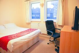 Excellent offer for the professionals. High standard clean room,Close to tube station, TV, Fiber