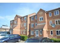 Large 1 Bedroom Ground Floor Flat In Enfield, EN1, Great Location, Separate Kitchen