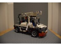 Lego Technic 8071 Bucket Truck (Cherry Picker)