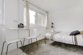 Recently refurbished studio flat for rent in Hammersmith, West London, Central London, All bills inc