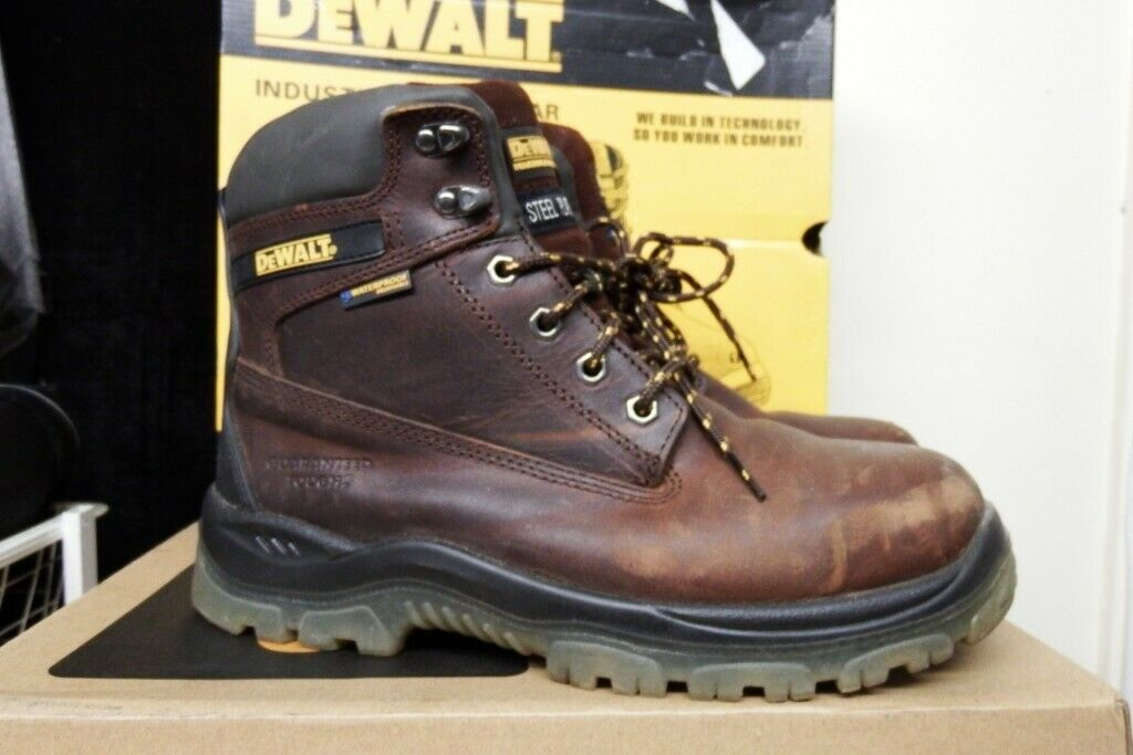 4ece4f7678f WORKWEAR CLEARANCE-NEW & USED WORKWEAR-PPE-CLOTHING-SAFETY  BOOTS-DEWALT-SITE-PORTWEST-SNICKERS | in Sandwell, West Midlands | Gumtree