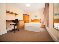 Lovely room in a student house available to rent immediately - WOLSDON STREET