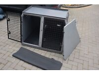Dog transporter for Range Rover big enough for 2 labs. Excellent condition, extras included