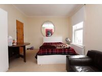 2 double room to rent near stratford.Places going fast contact for viewing.