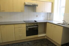 Traditional unfurnished ground floor 2 bedroom flat, on street parking, well kept close,
