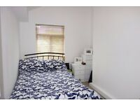 Double bedroom in sunny Crystal Palace flat - available 27th Oct