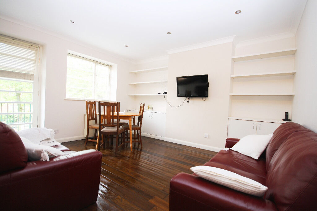 Fantastic two bedroom 1st floor apartment in the heart of Rotherhithe.