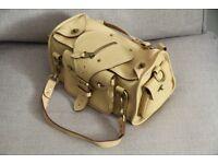 Genuine luxury Mulberry Box handbag in cream leather