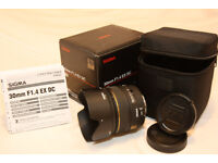 Sigma 30mm F1.4 EX DC lens for Canon. Mint condition.