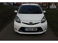 2012-62-TOYOTA-AYGO-1-0-VVI-FIRE-5DR- 51-000 mils Full service history from toyota dealer