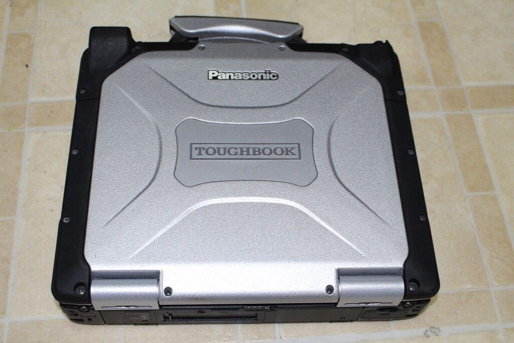PANASONIC TOUGHBOOK CF30 MK3 GPS /WIFI/ BT/ 512SSD/ 4GB/WIN8.1 PRO 32BIT BACKLIT