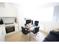 Luxury studio flat, warehouse conversion, on canal, furnished, walk to station & into Canary Wharf