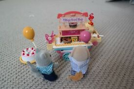Sylvanian sweet trolley and characters