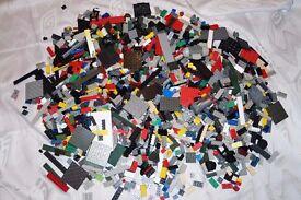MEGA BLOCKS USED BRICKS OVER 3.3 KG COMPATIBLE WITH LEGO BRICKS