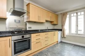 A spacious and well presented two double bedroom split level period conversion on Mysore Road.